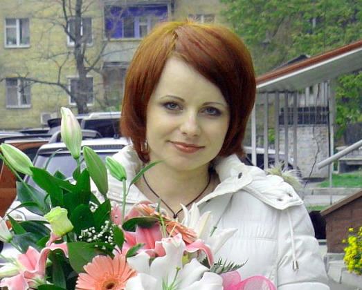 Букет прекрасных гербер и экзотических лилий для любимой девушки