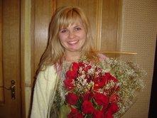 Красиво составленный букет роз - лучший подарок близкому человеку
